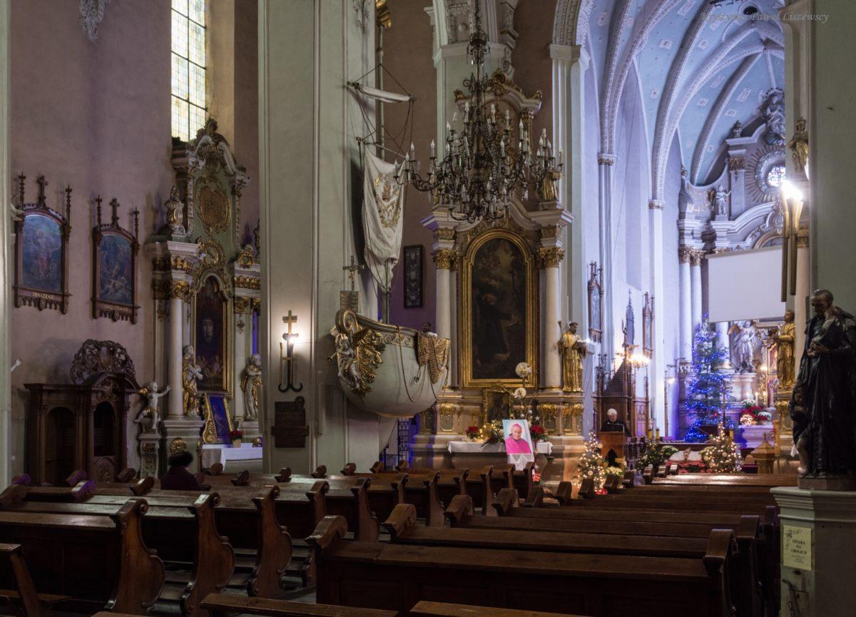 Łódź św. Piotra w kościele Franciszkanów