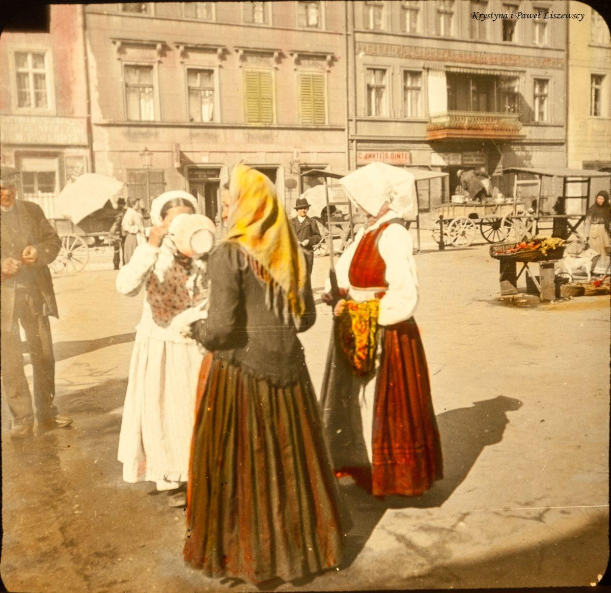 Sklepy i stragany na Rynku Głównym w dawnym Kaliszu
